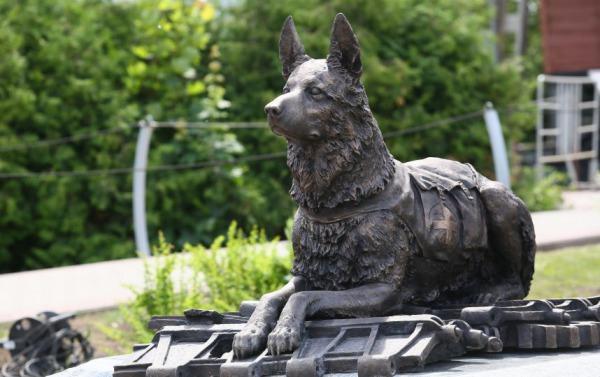 памятник почтовой собаке, доставка москва